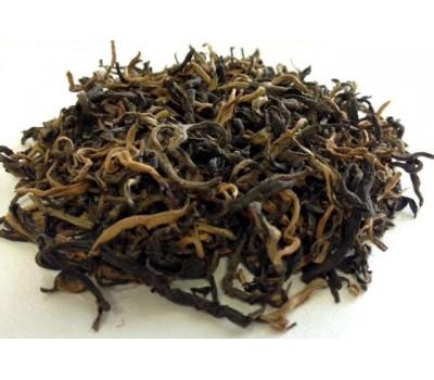 Zelta pērtiķis ķīnas Junaņas melnā tēja